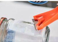 如何去除玻璃制品表面上的残留胶黏剂