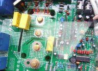 H600-F UV三防漆 光固化电子三防胶 线路板防潮防水绝缘披覆